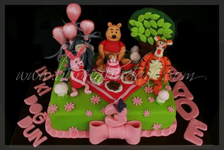 winnie the pooh cake 1