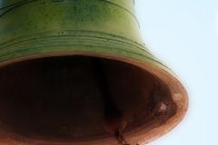 Toln (Turayya (Pleyades)) Tags: bell pueblo campana antiguo campanario orton efecto ortoneffect badajo efectoorton