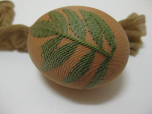 Colour Easter Eggs Naturally