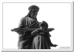 The Gift of Christ (Gisela_Monteiro) Tags: bw art portugal cemetery graveyard christ lisbon cemitrio tombs agm prazeres taphophilia mortsafe tafofilia taffilia