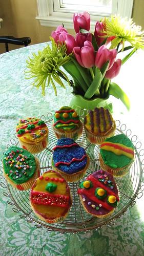 egg cupcakes 4.4.2010