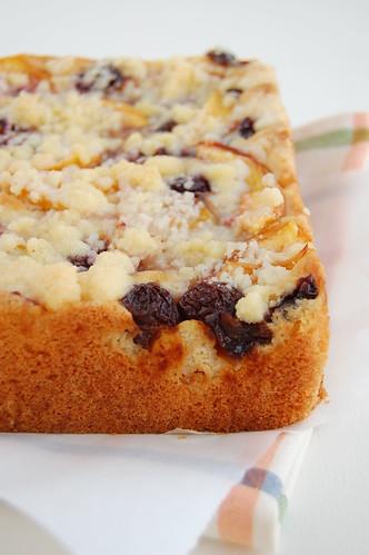 Fruit crumble cake / Bolo de crumble de frutas