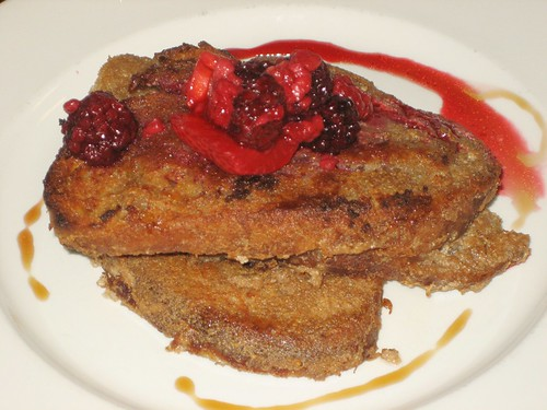 french toast for breakfast at the vegie bar
