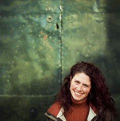 The lovely Marie Kelleher in Girona, Spain (Diana Pappas) Tags: portrait film mediumformat spain catalonia girona hasselblad espana catalunya mariekelleher