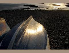 REFLEJO (bresso-fotografias) Tags: las sol marina canon puerto mar barca reflejo puesta jueves santo horizonte piedras g11 paseando nieves agaete diafragma enfoque marinera