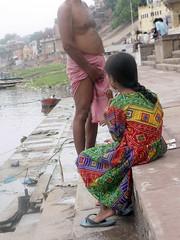 Scratching Balls (amiableguyforyou) Tags: india men up river underwear varanasi bathing dhoti oldmen ganges banaras benaras suriya uttarpradesh ritualbath hindus panche bathingghats ritualbathing langoti dhotar langota