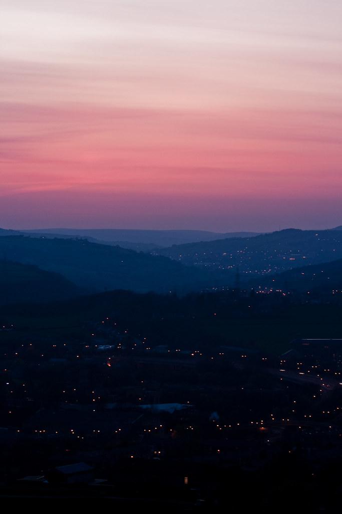 2010 April volcanic sunset-5