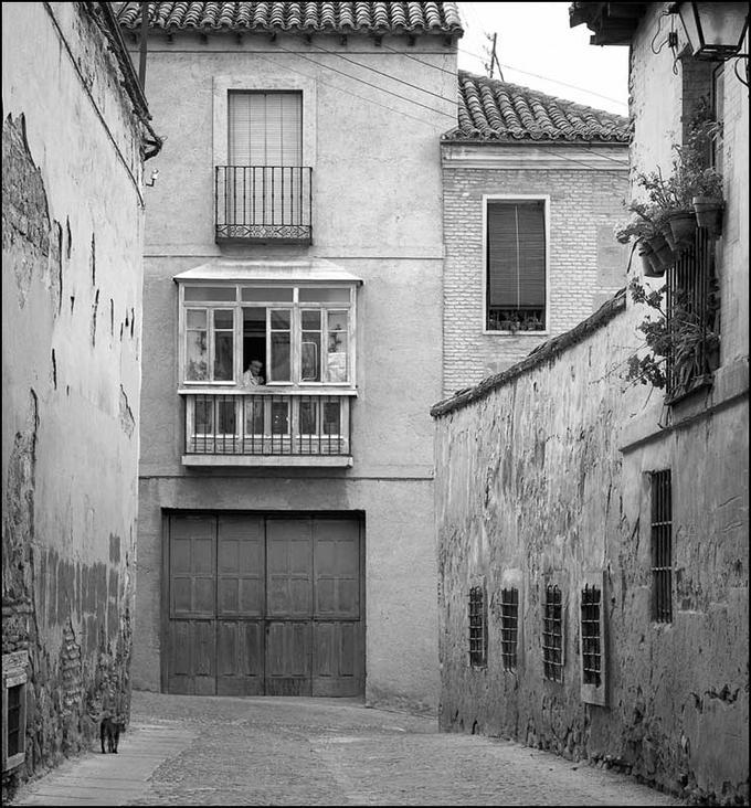 Calle de Toledo en 1982. Fotografía de John Fyfe