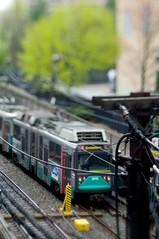 Tilted Green Line (RYØUMA) Tags: boston train bokeh tilt f28 80mm arsat k7 hartbleitiltadapter pentaxart beyondbokeh