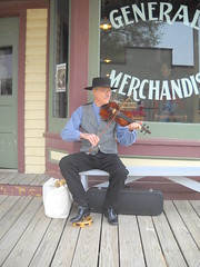 Fiddler at Old Cowtown (99kps) Tags: war weekend civil wichita cowtown