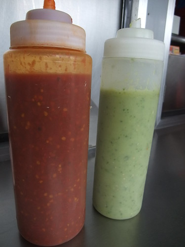 Salsa Verde and Roja from Los Guachos