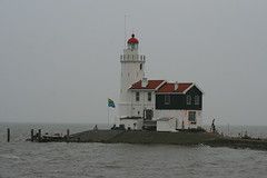 "Lighthouse ""Het Paard van Marken"" (16m), Marken (NL) (evb-photography) Tags: sea lighthouse netherlands dutch architecture nederland vuurtoren marken paardvanmarken level3gold"