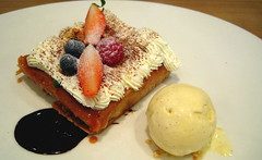 With frills (Sanctu) Tags: food cooking cuisine restaurant singapore australian meal dining rafflescity doublebay rafflescityshoppingcentre