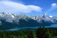 00039616 (wolfgangkaehler) Tags: mountain canada landscape scenery scenic dramatic canadian alberta northamerica albertacanada jaspernationalpark malignelake mountainrange canadianrockies northamerican canadianrockymountains malignlakecanada elizabethrange elizabethmountainrange