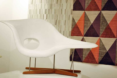 Eames® La Chaise