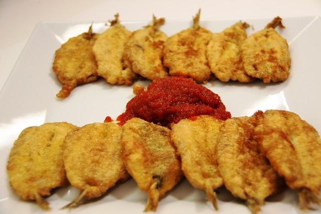 Sardinas Parochas Rebozadas con Tomate Frito con Miel