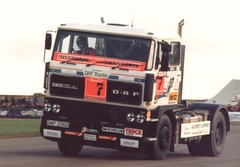 Barry Sheene. Daf 3300. No 7  ;-) (Wally Llama) Tags: 7 trucks donington number7 barrysheene luckynumberseven daf3300 barrysheenenumber7