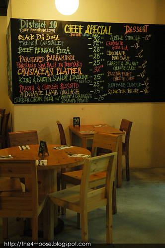 District 10 Bistro Wine Bar