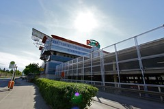 Plus City (austrianpsycho) Tags: building gebäude haltestelle parkhaus hecke pasching pluscity