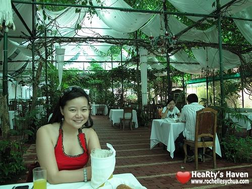 sonyas garden restaurant tagaytay
