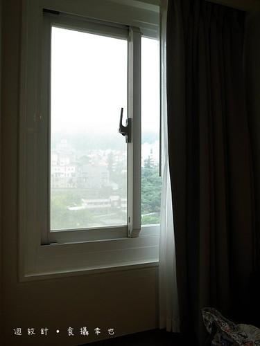 成旅晶贊豪華房山景窗