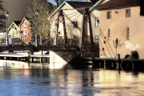 Riverside and bridge. Uppsala. Ribera del rio y puente