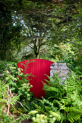 (Jordy B) Tags: door red france rouge bretagne porte morbihan ileauxmoines
