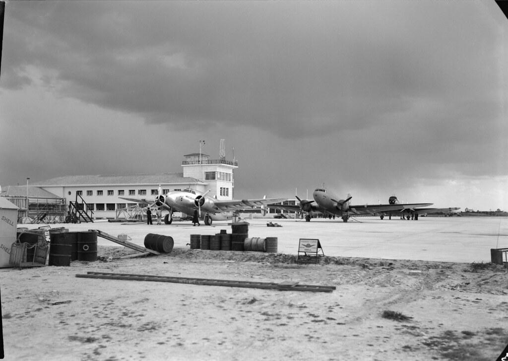 Placa do Aeroporto da Portela (H. Novais, c. 1942)