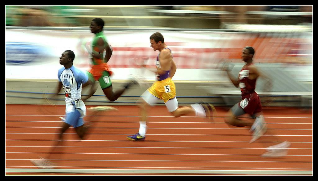 0516_spo_Track_PAGE_SprintRelay1
