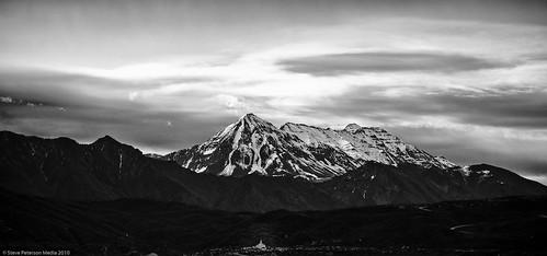 Mount Tempanogas HDR Silver