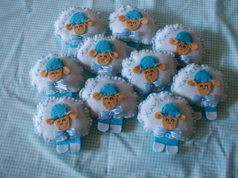 lembrancinhas de nascimento em biscuit