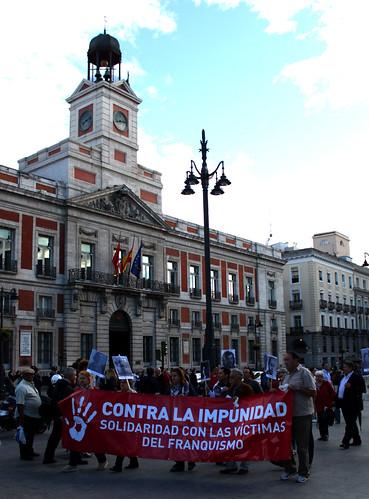 Concentración contra la impunidad del Franquismo (10/06/2010)