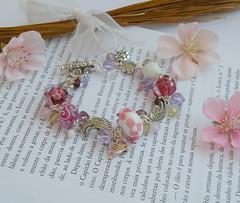 ♥ Um desafio lindooooo (BijouxKa) Tags: pink summer white glass vintage beads spring purple handmade jewelry bijuteria lilac bracelet pulseiras lampwork pendant bijouxka