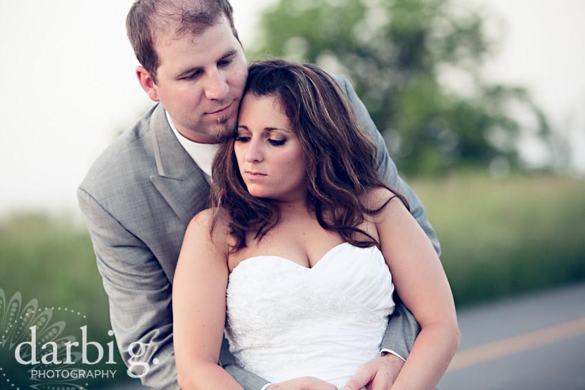 DarbiGPhotography-KansasCity-wedding photographer-T&W-DA-35.jpg