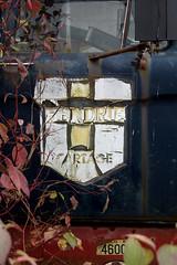 Cartage (Rob Bowman) Tags: junkyard rockwood mcleans hendriescartage