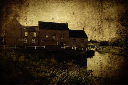 Th old mill