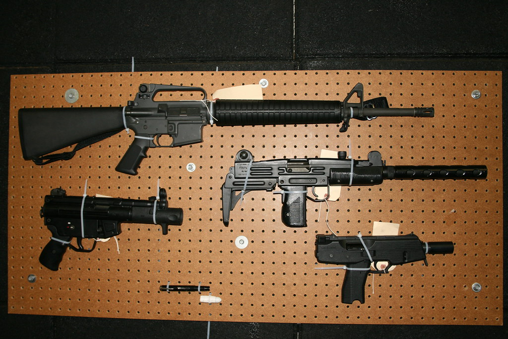 The World's Best Photos of m16 and uzi - Flickr Hive Mind