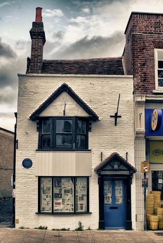 Old Building, Peterfield (Grannys Attic Preset)