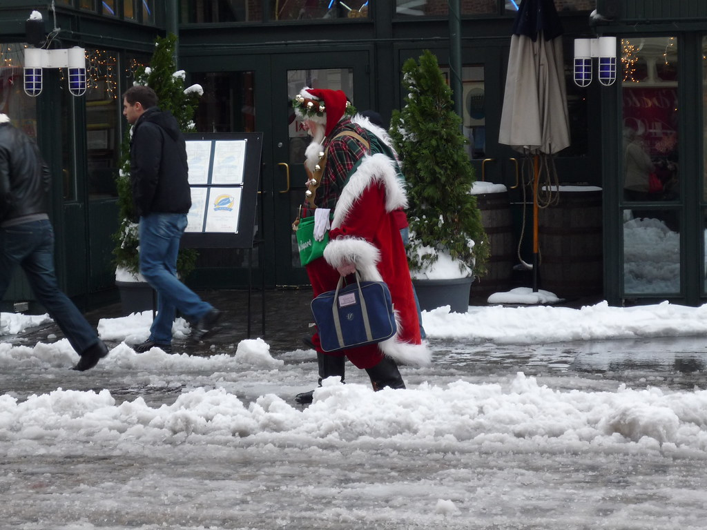 Weary Santa at the South Street Seaport