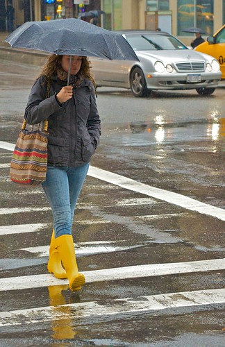 newyork rain manhattan broadway upperwestside peeps umbrellas wellies yellowboots yellowwellies