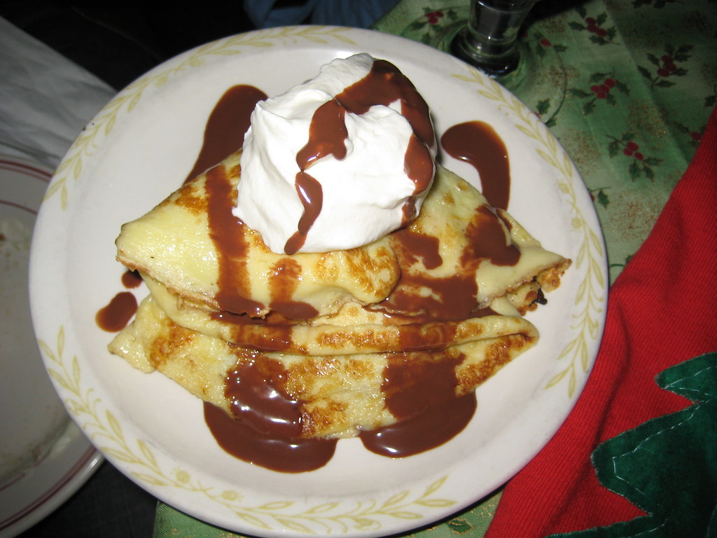 chocolate banana crêpe