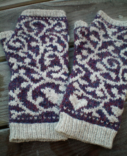 Bird And Vine Mitts