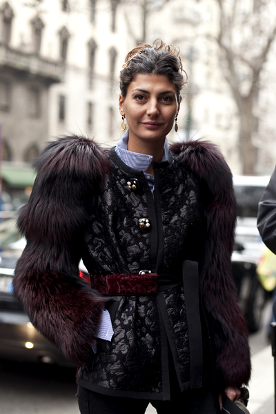 Mens  Fashion Show on The Stunning Fashion Director In A Dolce Gabbana Brocade And Fur