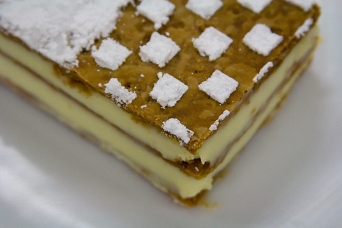 Mille Feuille Close