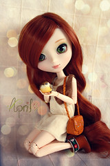 April ( J a c k y) Tags: flowers red cute bird nature girl loving fan big doll redhead greeneyes planning wig ment groove pullip re rement xiao jun obitsu