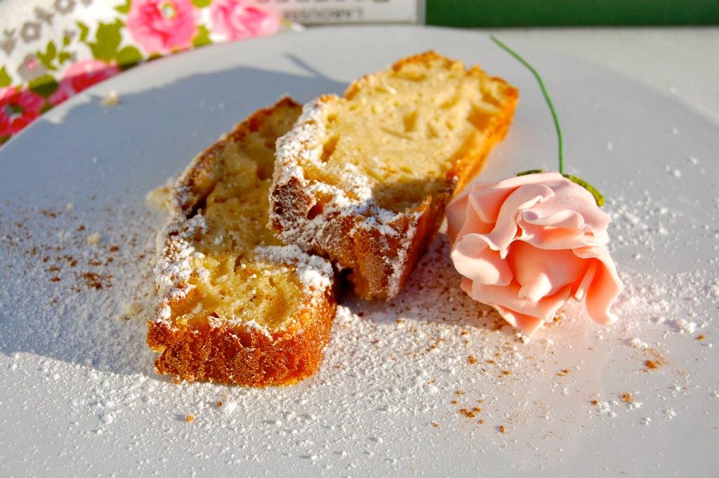 Cake de peras caramelizadas