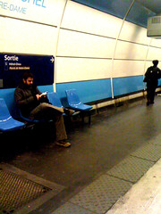 Attente (Groume) Tags: luxembourg rer iphone rerb