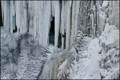frozen minnehaha falls minneapolis (Dan Anderson (dead camera, RIP)) Tags: winter cold ice wet water minnesota frozen minneapolis falls waterfalls spike twincities mn icicles dripping icecave minnehahafalls hiawatha tc126