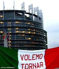 ancora esuli in europa (pierovis'ciada) Tags: istria manifestazione profughi ricordo strasburgo esuli parlamentoeuropeo diritti istriani