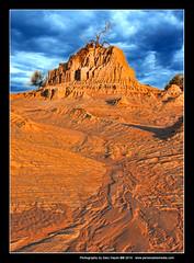 Mungo National Park Australia Revisted 13 (Gary Hayes) Tags: abstract lowlight rocks desert australia newsouthwales outback hdr topaz garyhayes mungonationalpark 1020mmf4 canon40d
